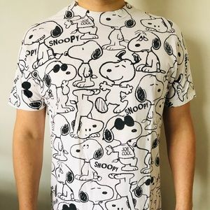 Peanuts Men's Snoopy Short Sleeve Shirt